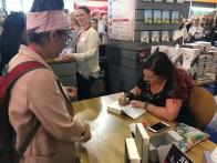 Jennifer L. Armentrout signiert bei Harper Collins (2017)